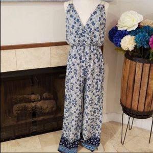 NWT Honey Punch Boutique Jumpsuit - Size Medium